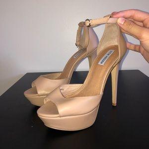 New W/O Tags Steve Madden heels, size 9